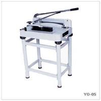 Резак механический  YG-05 (868) формат A3